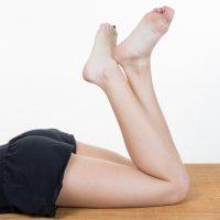 すらり脚を目指すなら断然【美人ぐせサンダル】がおすすめ!効果&口コミ18選