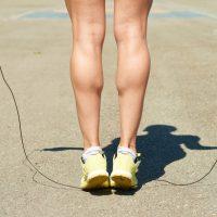脚ガリガリはリスク大?有酸素運動とマッサージで理想の脚に近づく方法