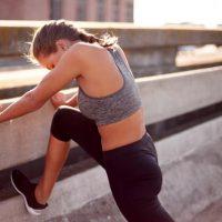 美脚になるストレッチ12選。自宅3分で簡単!毎日のエクササイズ習慣におすすめ