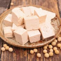 低カロリーだけじゃない!豆腐の5つのダイエット効果。おすすめレシピ3選も必見