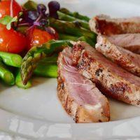 ダイエット中に食べるべき食品【ベスト15】摂取NGの食べ物も紹介します!