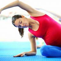 妊婦はジムに通っても大丈夫?妊娠初期・中期・後期におすすめの運動【6選】